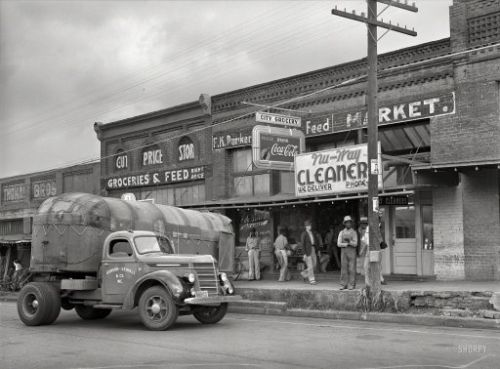City Grocery: 1939