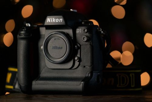 Using the D1, Nikon's First Homegrown DSLR