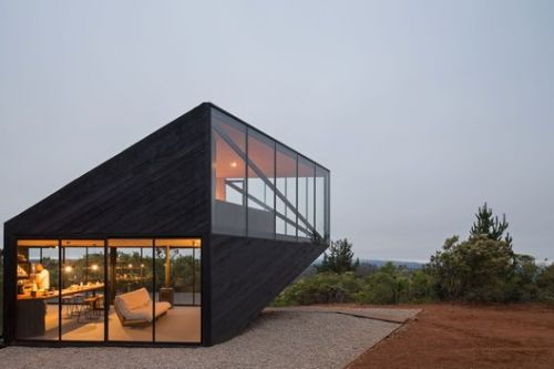 Prebarco House / 2DM