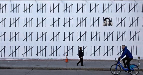 Banksy Emerges in New York and Calls Attention to Imprisoned Turkish Artist Zehra Doğan