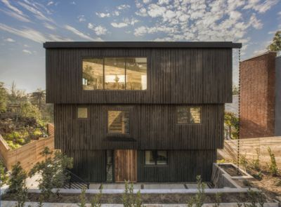 Armstrong Avenue Residence / The LADG