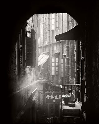Fan Ho's Bounded Light