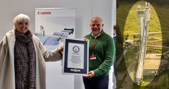 Canon Sets the World Record for the World's Longest Digital Photo Print