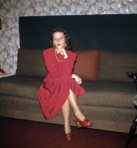 The Lady in Red: 1945