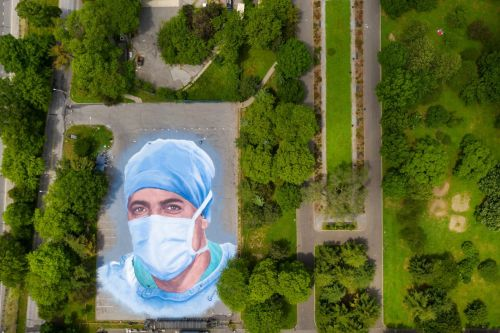 A 20,000-Square-Foot Tribute to Healthcare Workers Emerges at Queens Museum