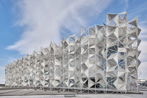 Japan Pavilion Unfolds an Intricate Tridimensional Facade for Expo 2020 Dubai