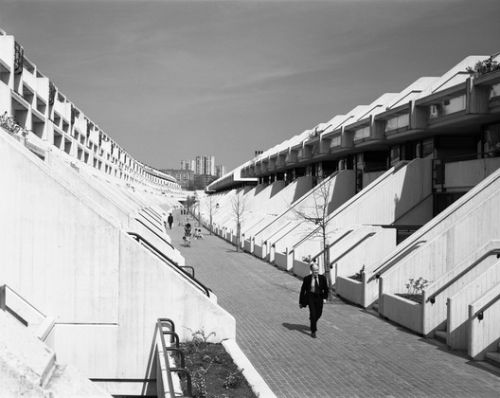 6 Radical Experiments in Social Housing Exhibited by the RIBA and V&A