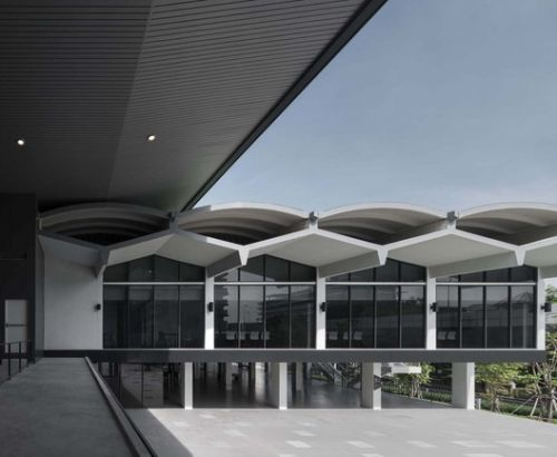 Bank of Thailand Learning Centre / Creative Crews