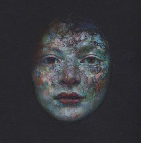 """Eiruvsq: Artist:Lindsey Levendall""""This face has been haunting"""