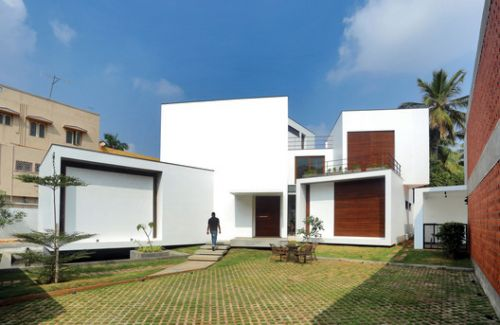 A House of Small Talks / WARP architects