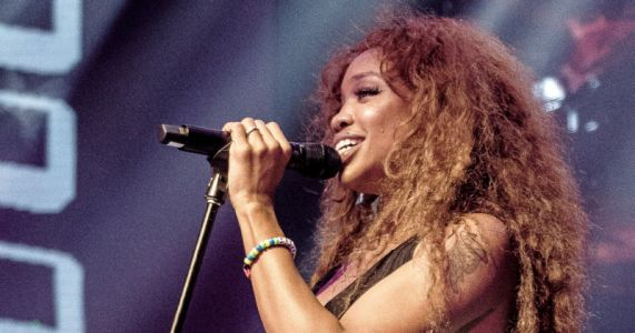 Singer SZA and a Photographer Feud Over Image Rights and Payment