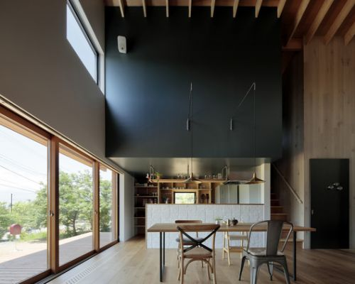 Tab House / Takanori Ineyama Architects