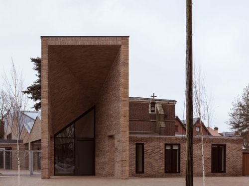 Drayton Green Church / Piercy&Company