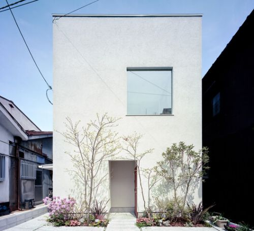 House in Uehonmachi / FujiwaraMuro Architects