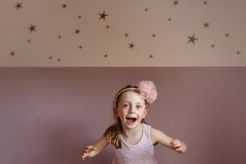 4 Top Tips for Taking Better Photos of Your Kids Indoors