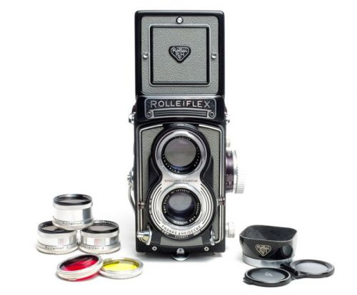 Shooting a Rolleiflex with Studio Flash and Rolleinars