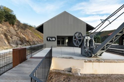 Vale do Tua Interpretive Center / Rosmaninho+Azevedo Arquitectos