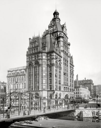 The Pabst Building: 1901