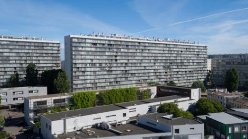 Transformation of 530 dwellings / Lacaton & Vassal + Frédéric Druot + Christophe Hutin architecture