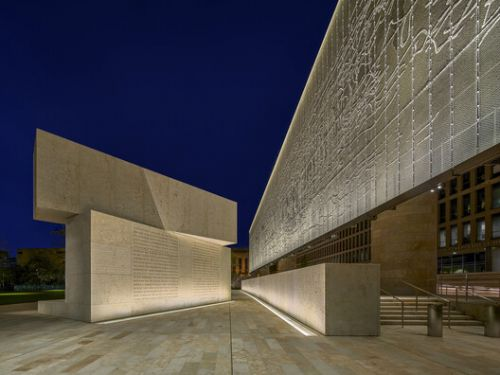 The Language of Lighting: How to Read Light and Shadow in Architecture