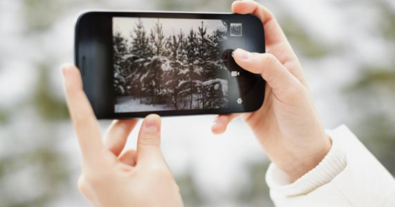 Study Reveals What Most People Want in Their Next Phone Camera
