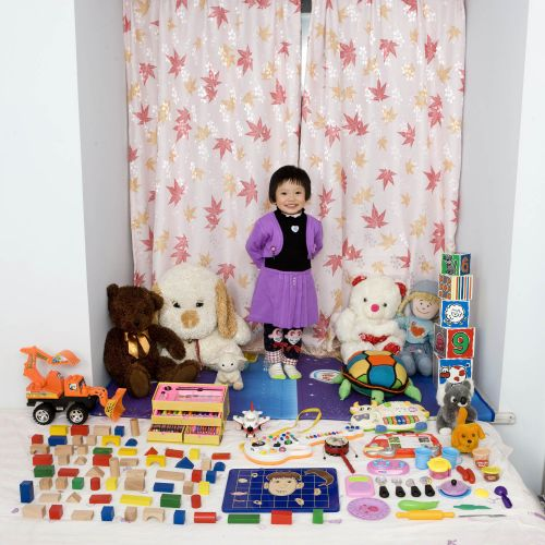 Toy Stories: Portraits of Children and their Toys Around the World