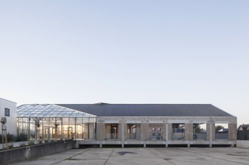 HACHIKO Warehouse Refurbishment / WE-S architecten