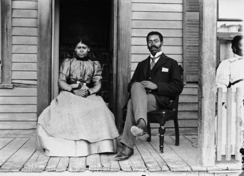 How Black Americans Used Portraits and Family Photos to Defy Stereotypes
