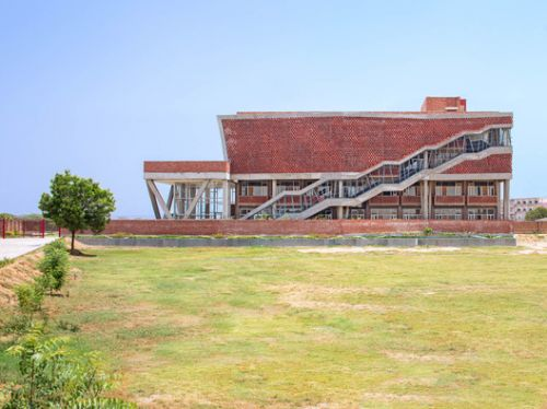 St. Andrews Girls Hostel / Zero Energy Design Lab