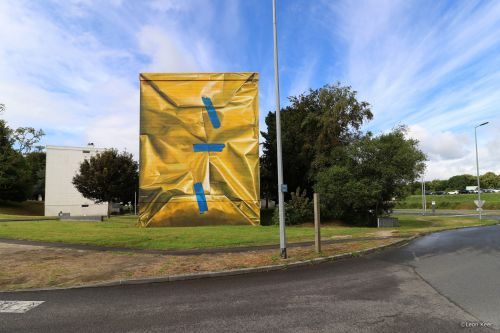 """""""Safe House"""" by Leon Keer in Morlaix, France"""