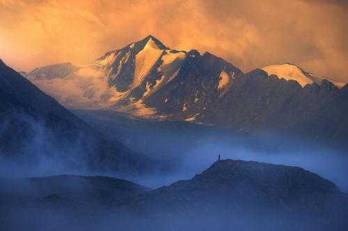 Photographer Showcases the Grand Beauty of Kyrgyzstan's Landscape