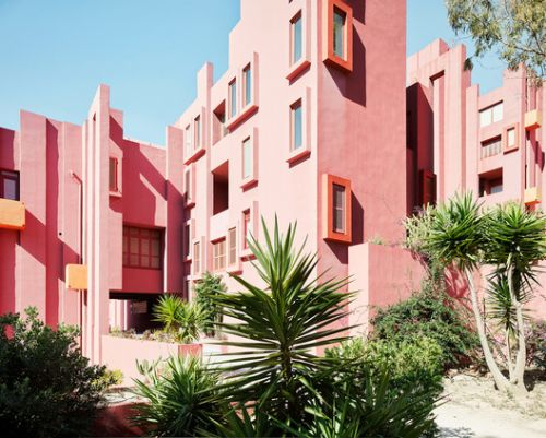 7 Architects Who Weren't Afraid to Use Color