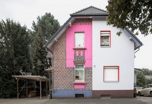 Striking Photos Frame the Half-Renovated Houses of a Former Mining Region in Germany